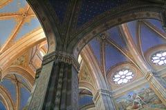 大教堂内部 免版税库存图片