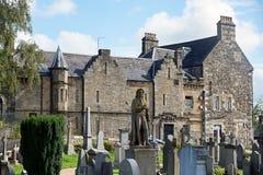 大教堂和城堡的废墟,海滩和高尔夫球场圣安德鲁斯,苏格兰 库存照片