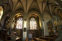 大教堂哥特式教堂中殿视窗 库存图片