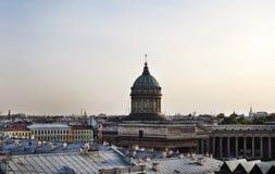 大教堂圆屋顶isaac ・彼得斯堡俄国s圣徒st 屋顶视图 免版税图库摄影