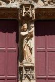 大教堂圣徒Sauveur门面装饰品 免版税库存图片