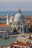 大教堂圣玛丽亚della致敬的鸟瞰图在威尼斯,意大利 免版税库存图片