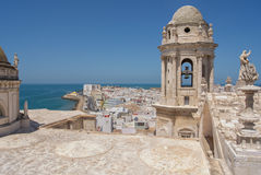 从大教堂塔的看法,卡迪士,西班牙 库存照片