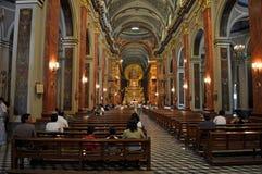 大教堂大教堂阁下的内部和圣所和 图库摄影