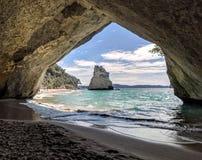 大教堂小海湾新西兰 免版税库存照片