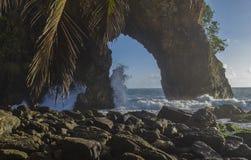 大教堂岩石Paria海湾特立尼达 免版税库存照片