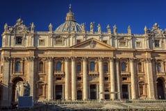 大教堂彼得s st 圣皮特圣徒・彼得的是最显耀的教会在梵蒂冈 免版税图库摄影
