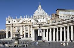 大教堂意大利peters罗马st梵蒂冈 免版税库存图片