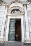 大教堂比萨 库存照片