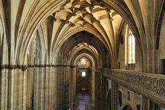 大教堂的内部在萨拉曼卡 库存照片