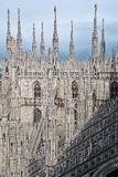 大教堂米兰屋顶顶层 免版税库存图片