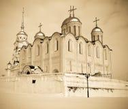 1158 1160年大教堂被修建的俄国uspenskiy vladimir冬天 库存照片