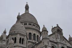 大教堂重点神圣的巴黎 免版税库存照片