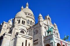大教堂重点神圣的巴黎 图库摄影