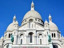 大教堂重点神圣的巴黎 免版税图库摄影