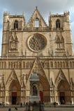 大教堂门面法国斜纹布利昂圣徒 免版税库存图片