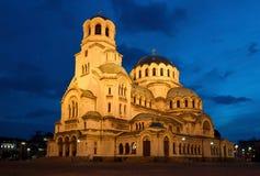 大教堂Alexandar Nevsky Nightshot在索非亚 免版税图库摄影