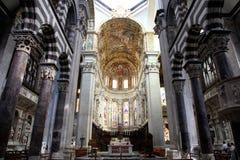 大教堂Cattedrale二圣洛伦佐(圣劳伦斯湾大教堂dell'Annunziata内部内部看法) 免版税图库摄影