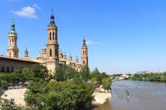 大教堂el毛发的西班牙萨瓦格萨 免版税库存照片