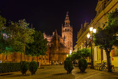 大教堂giralda la塞维利亚西班牙 免版税库存照片