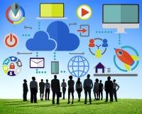 大数据分享网上全球性通信云彩概念 免版税库存照片