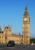 大本钟和威斯敏斯特宫殿在伦敦 免版税库存照片