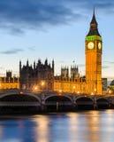 大本钟和威斯敏斯特,伦敦,英国宫殿  免版税库存照片