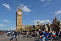 大本钟在威斯敏斯特宫伊丽莎白塔的钟楼  图库摄影