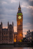 大本钟夜伦敦 免版税库存照片