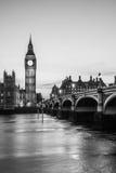 大本钟尖沙咀钟楼和议会房子 免版税库存照片
