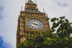 大本钟钟楼的细节 免版税库存图片