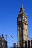 大本钟(议会议院)和伦敦眼 库存照片
