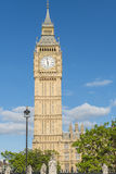 大本钟(议会议院)在伦敦 免版税库存照片