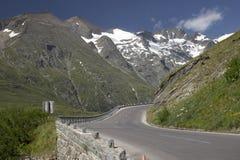 大格洛克纳山- Hochalpenstrasse 库存图片