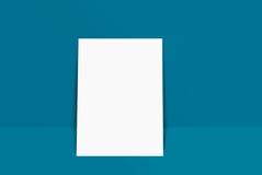 大模型明信片和盖子 免版税库存图片
