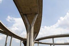 大横穿高速公路 库存图片
