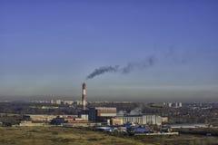 大气的污染与有害的放射的从工厂 库存照片