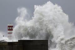 大波浪飞溅 库存图片