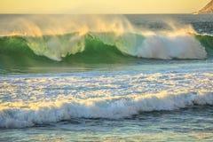 大波浪Noordhoek海滩 免版税库存照片