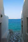 大海白色墙壁 免版税库存照片