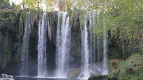大瀑布在公园在夏天 影视素材