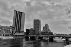 大瀑布城,密执安都市风景 免版税库存图片