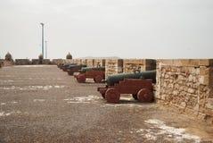 大炮在堡垒在Essaouira 图库摄影