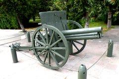 大炮在Marasesti Mausoluem 图库摄影