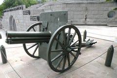 大炮在Marasesti Mausoluem 库存图片