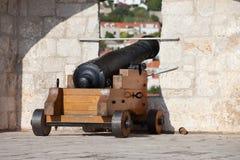 大炮墙壁 免版税库存图片