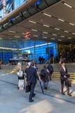 大炮街道驻地入口在伦敦,英国 图库摄影