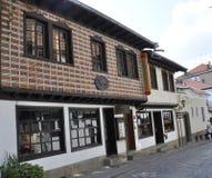 大特尔诺沃BG, 8月15日:中世纪镇大特尔诺沃的老街道从保加利亚的 免版税图库摄影