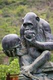 大猩猩雕象 免版税库存照片