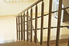 大理石台阶和栏杆 免版税库存照片